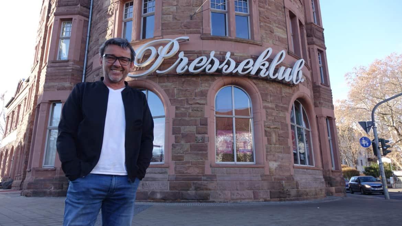 Heiko Gräfe betreibt den Presseklub in Erfurt bereit seit 16 Jahren. Foto: Florian Dobenecker
